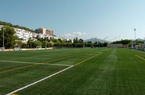 gocalcio voetbal trainingskamp teamuitje organiseren regelen plannen voetbal strand januari februari maart april mei juni juli augustus september oktober november december spanje mallorca trainingsvelden