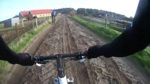 trainingskamp organiseren plannen regelen voetbalteam nederland ameland atb fietsen zand strand